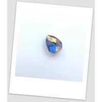Бусина стеклянная граненая, миндалевидной формы, голубая с фиолетовым отливом, 18 х 13 мм. Упаковка - 67 шт! (id:160035)
