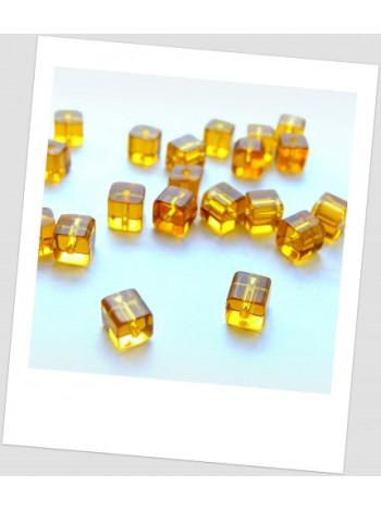 Бусина медовая стеклянная квадратная 4 мм х 4 мм, упаковка - 35 шт. (id:150001)