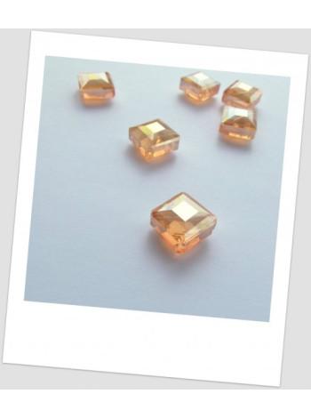 Бусина граненая стеклянная в форме ромба, 17х17 мм, цвет: шампань с отблеском. Упаковка - 18 шт!