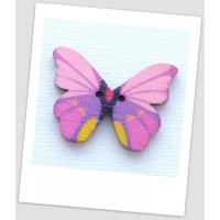 Пуговица деревянная в форме бабочки, цвет сиреневый, размер 28 х21 мм, толщина 3мм, размер отверстия 1,5 мм (id:720017)