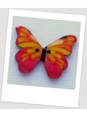Пуговица деревянная в форме бабочки, цвет розово-оранжевый, размер 28 х21 мм, толщина 3мм, размер отверстия 1,5 мм
