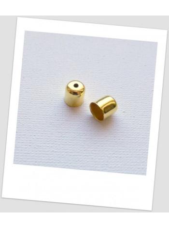 Концевик  металлический, золотого цвета,  8x7 мм. Упаковка -40 шт.